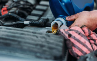 6 Myths About Engine Oil, Changing Engine Oil